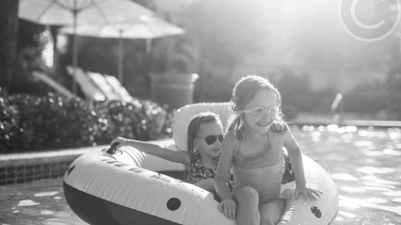 How to get kids into the pool piscine conca verde for Conca verde piscine